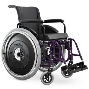 Cadeira de Rodas Aktiva Ultra-lite X. Ortobrás. Detalhes em roxo. Nylon Acolchoado. Visão Frontal