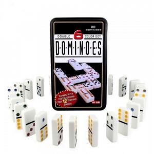 foto de caixa de dominó preta com dominós para fora enfileirados